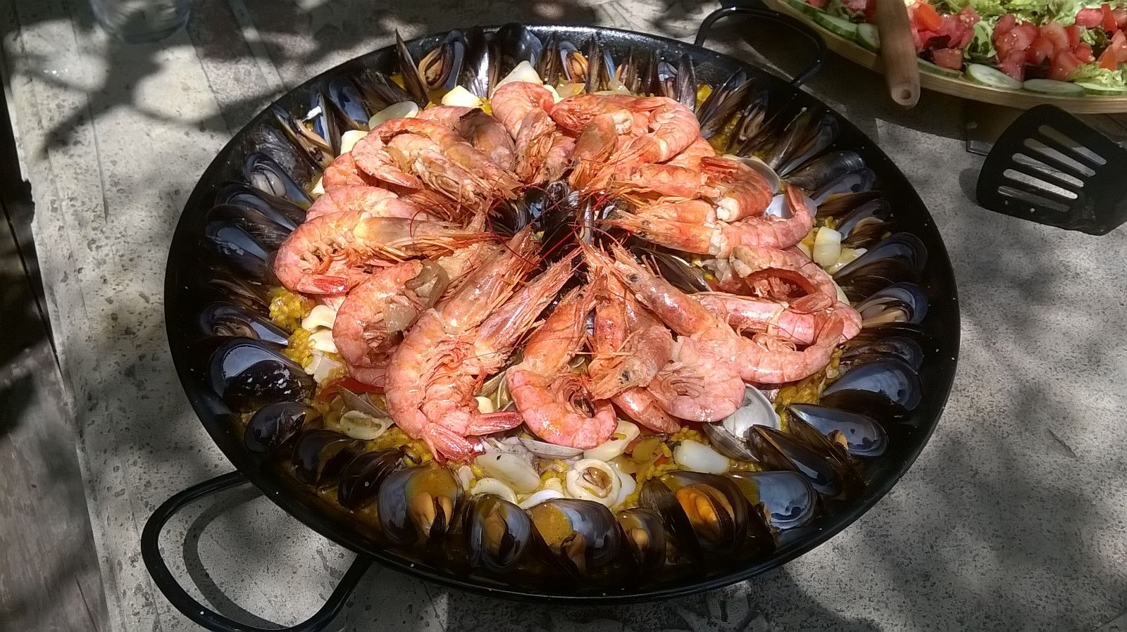 Sea food paella take away or delivery